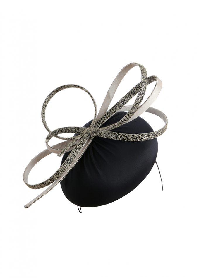 Black silk beret with sculptural loop