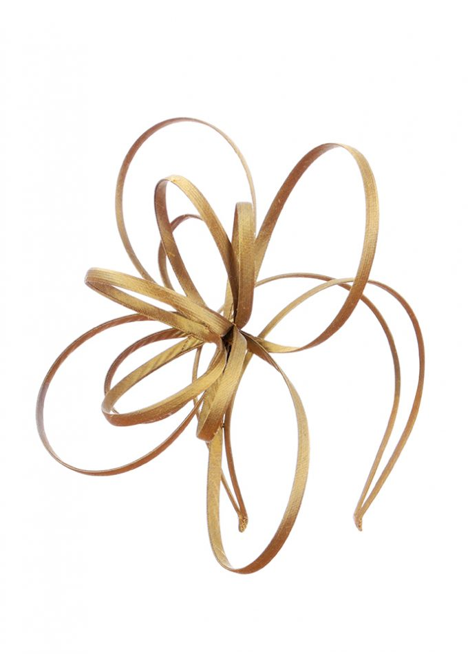 fascinator style headpiece