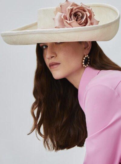 Brigita hat
