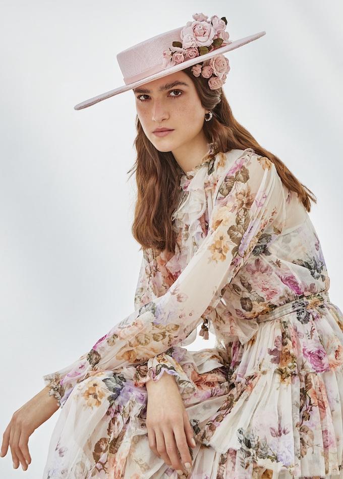 Mirabella hat