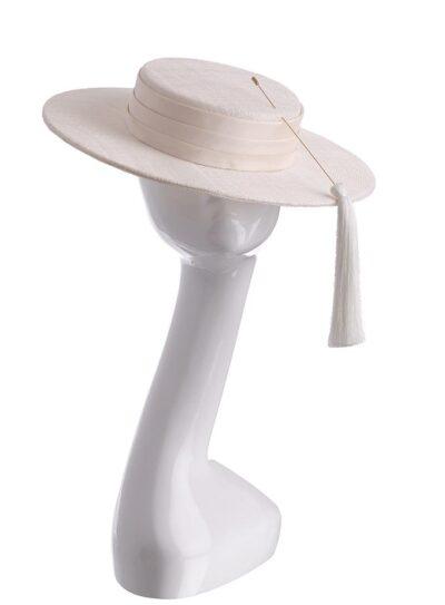 Escamilla hat